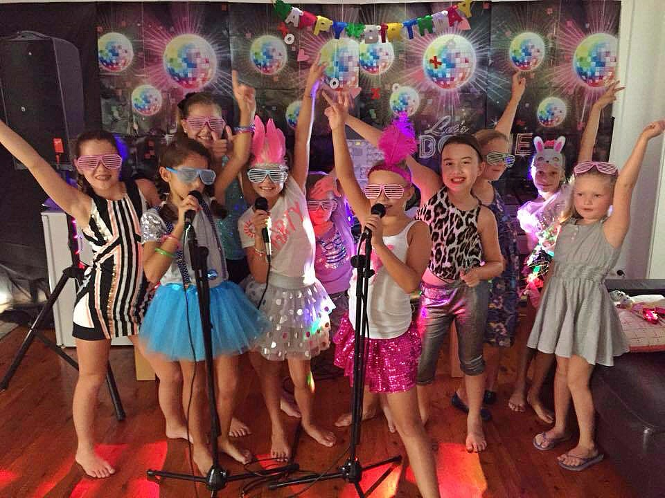 Kids Entertainment For Communions And Confirmations In